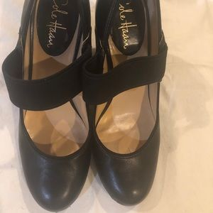 PRICE DROP Cole Haan Mary Janes w heels, size 8B